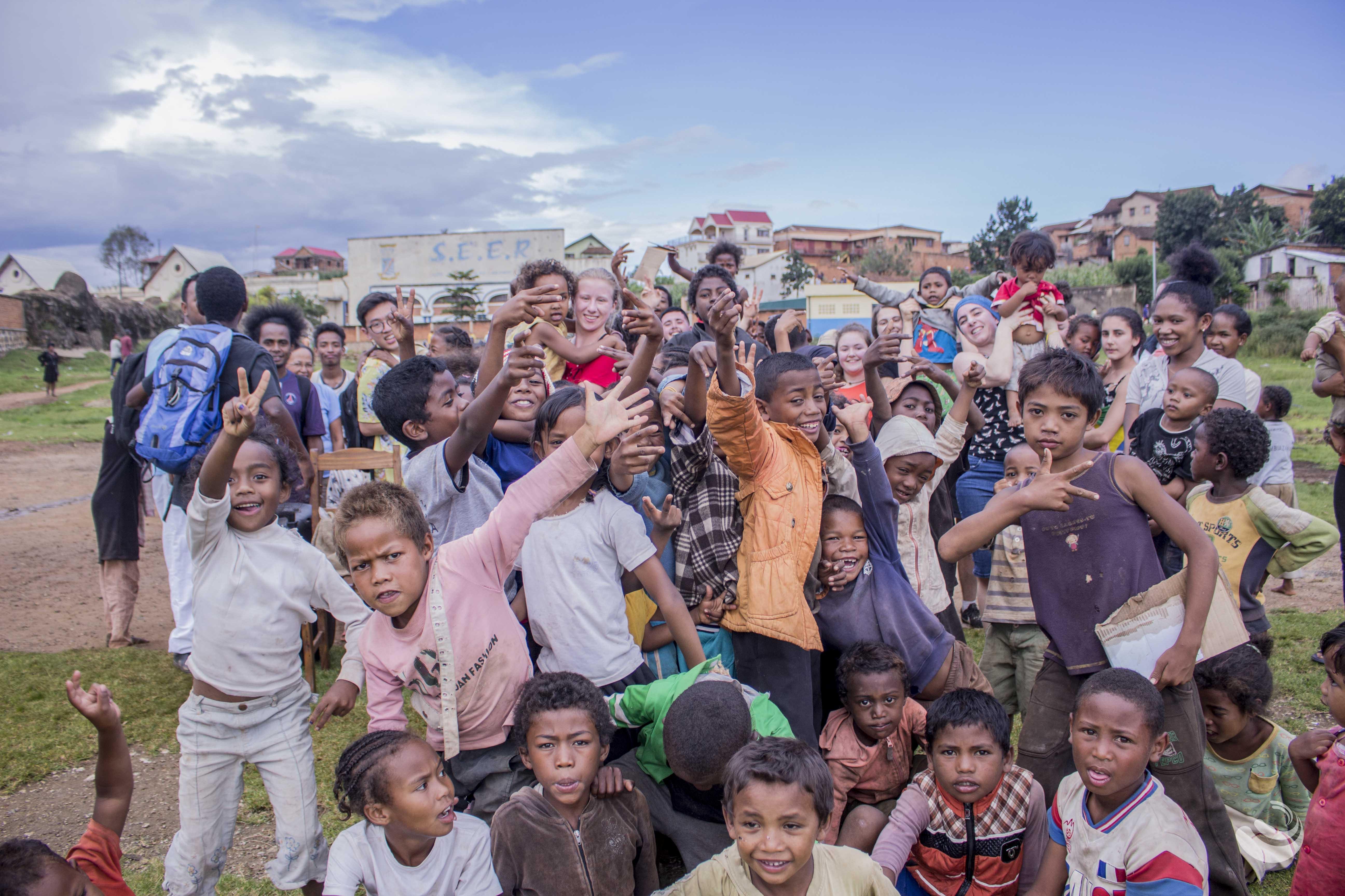 Grandir à Antsirabe - Activité Jour, Danselarue