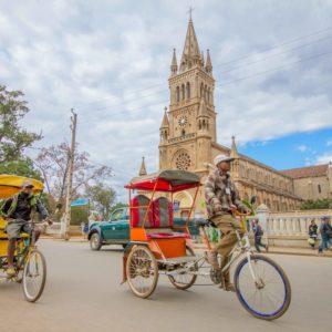 Madagascar - Antsirabe, Pousse Pousse