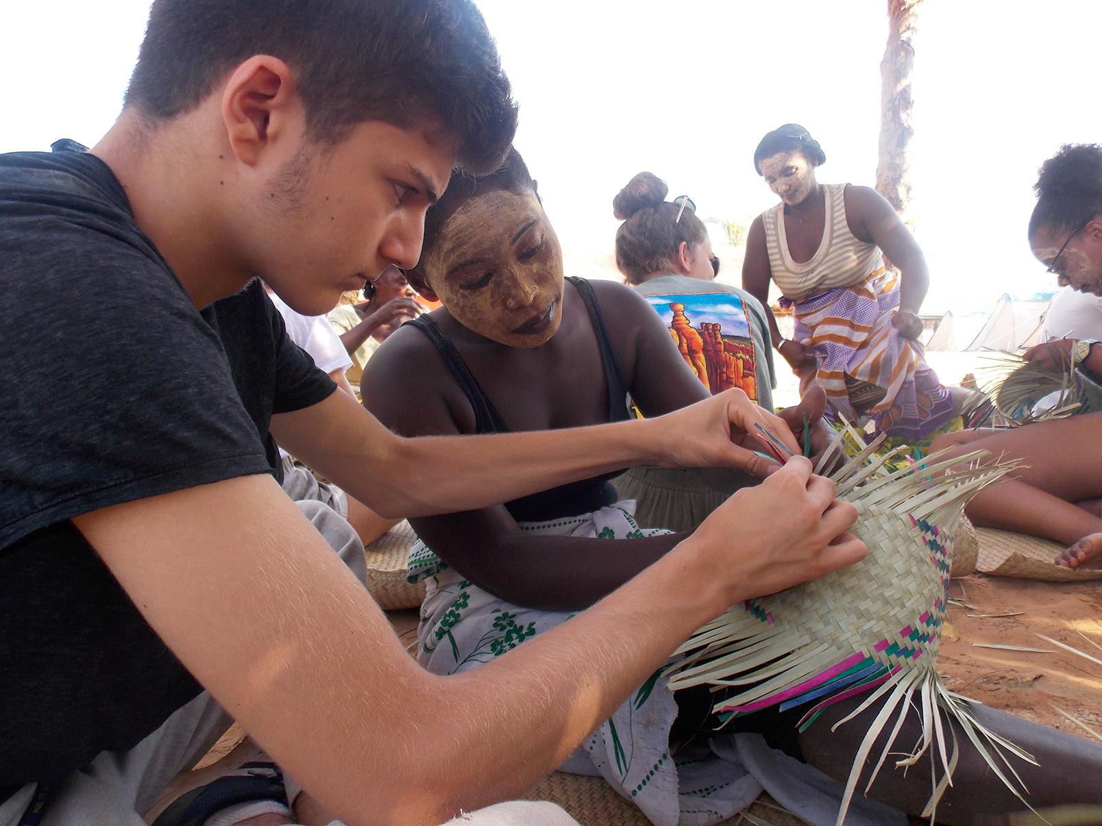 Madagascar - Atelier de vannerie