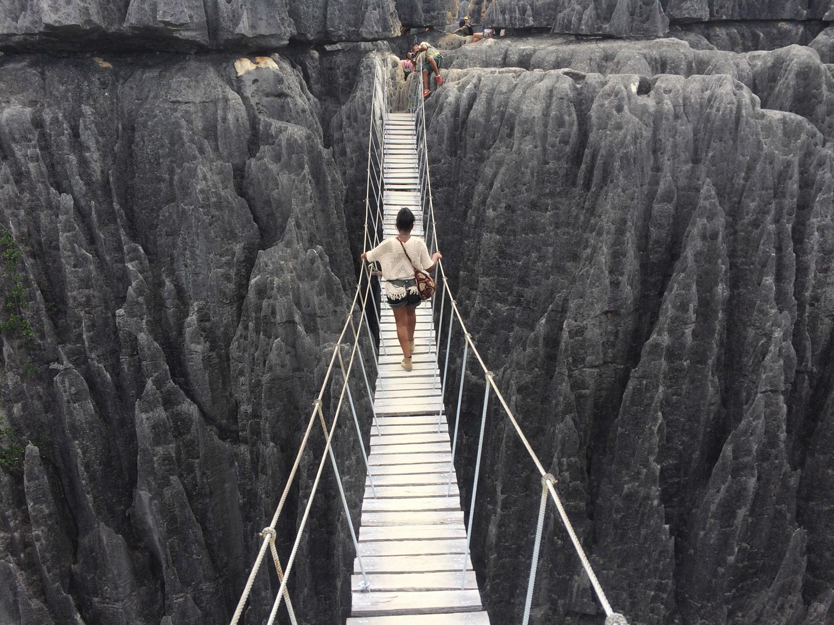 Madagascar - Pont suspendu Tsingy de Bemaraha
